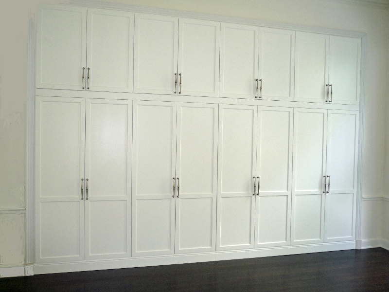 Custom Closets and Bedroom Storage - European Cabinets and Design