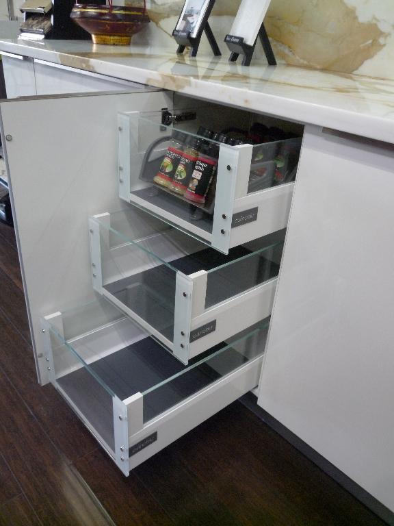 store-9