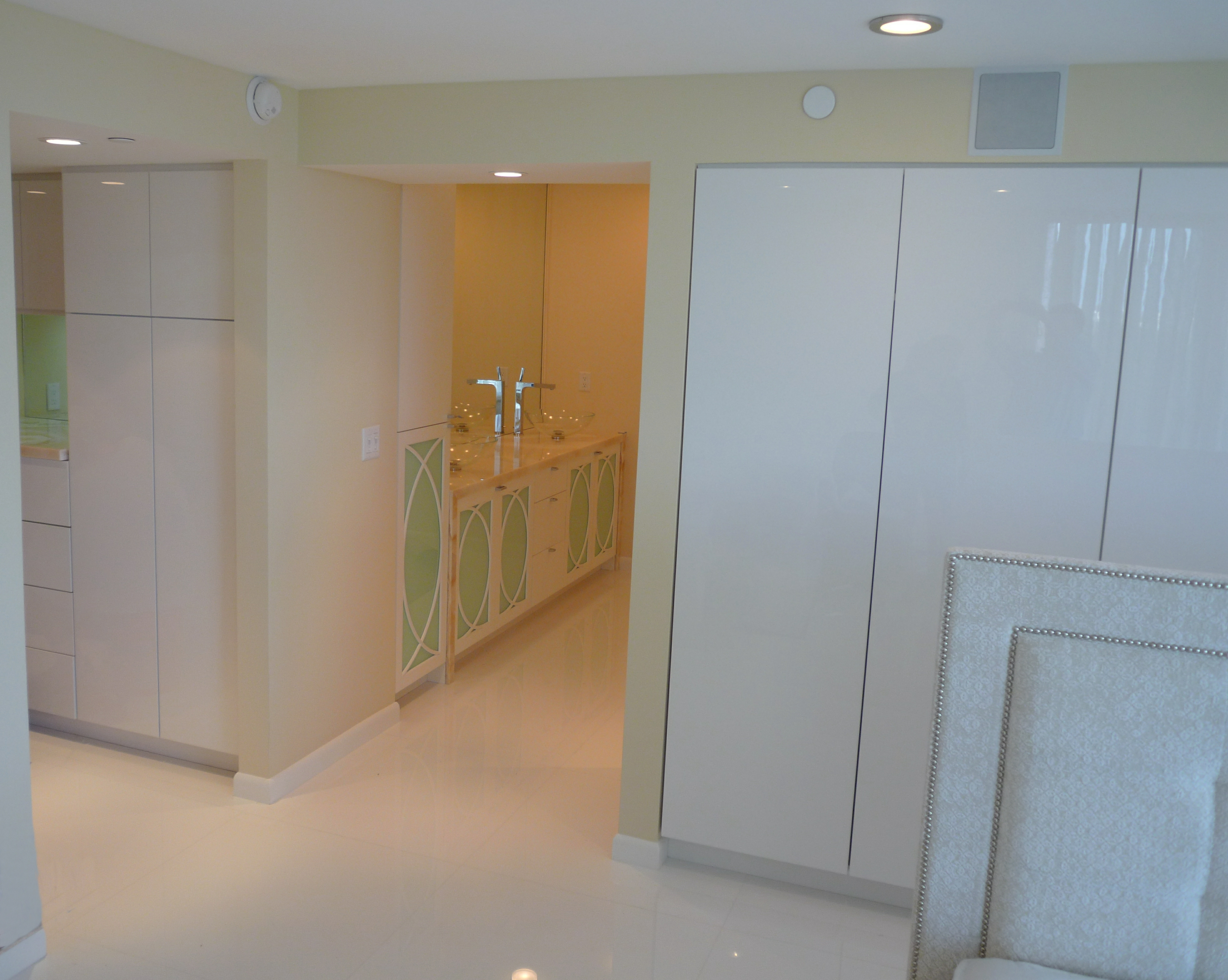 Custom Closets and Bedroom Storage European Cabinets and Design